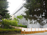 松本市 信州大学医学部校舎 外部足場-1